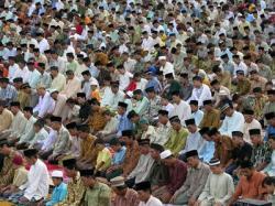 Tarawih di Masjid Raya Pekanbaru dipimpin imam dari Madinah