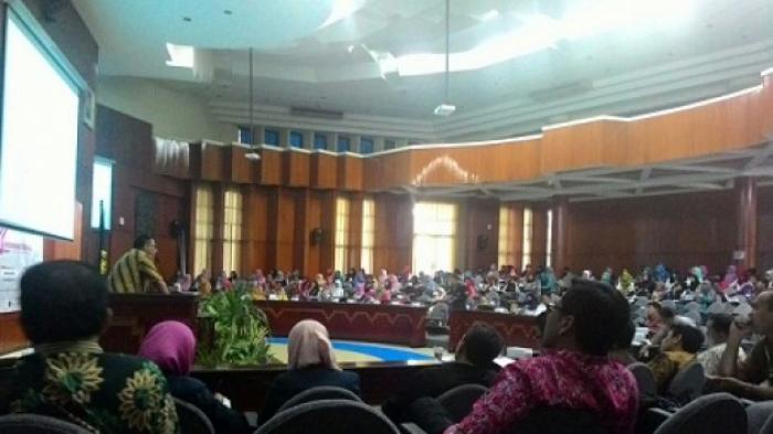 Simposium Nasional Produk Halal Indonesia Lahirkan Konsorsium Peduli Halal