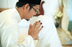 Jika Belai Kepala Istri, Ini Dia Doanya
