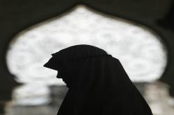 Wanita Yordania Ini Putuskan Masuk Islam