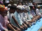 muslim-nepal-salat.jpg