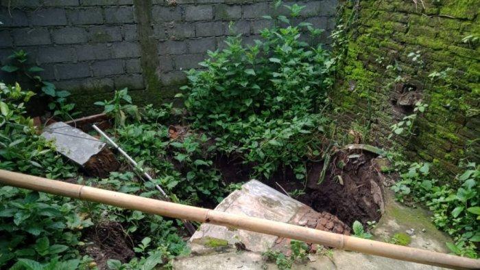 Sebanyak 12 Sumur yang ambles di Desa Jungkare, Kecamatan Karanganom, Kabupaten Klaten, Rabu (17/2/2021).