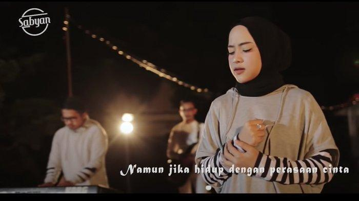 Ramai Isu Perselingkuhan, Baju Couple Nissa Sabyan dan Ayus di Video Klip Jadi Sorotan Warganet