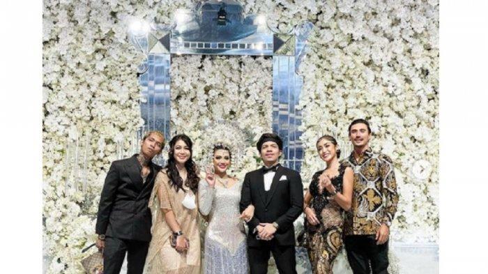 Momen Jessica Iskandar Hadir di Nikahan Aurel dan Atta Disorot, Gandeng Bule Tampan, Ini Sosoknya