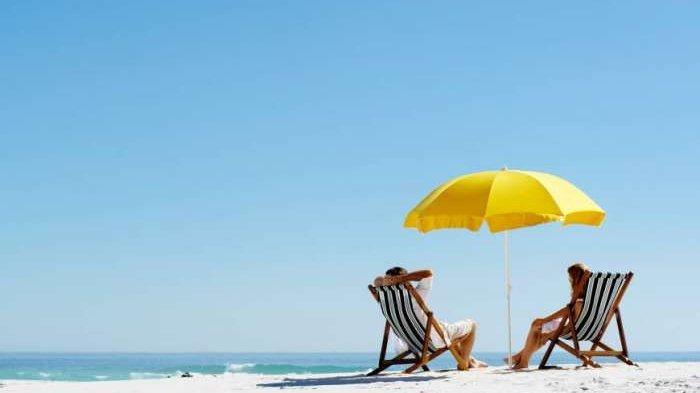 5 Tips agar Liburan Tetap Seru saat Musim Hujan, Penting untuk Cek Prakiraan Cuaca
