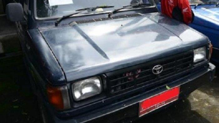 Penjelasan Camat di Bondowoso soal Mobil Dinas Bawa Kayu yang Viral di Media Sosial