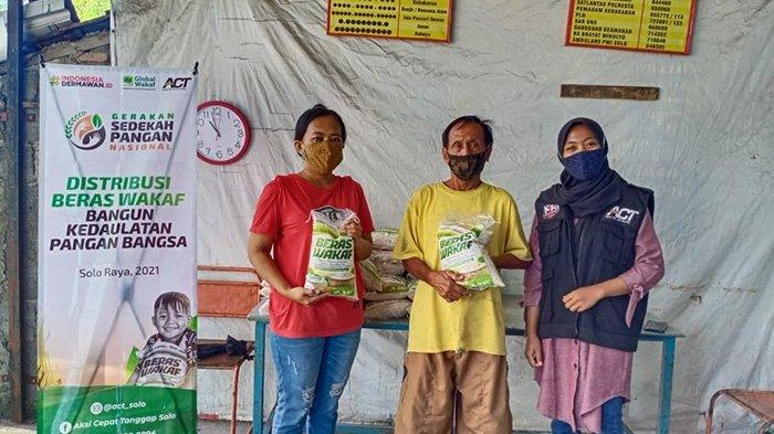 ACT Solo Bagi Beras Wakaf Gratis Untuk Masyarakat Solo Raya, Bantu Kondisi saat Pandemi Corona
