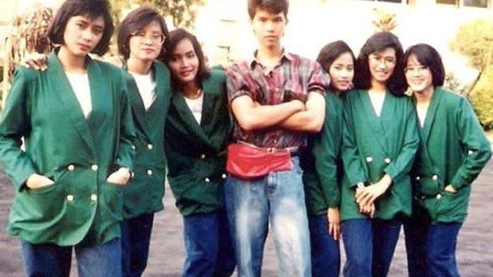Ahmad Dhani Unggah Foto Lawas saat Masih Tinggal di Surabaya, Sejak Muda Dikelilingi Wanita Cantik