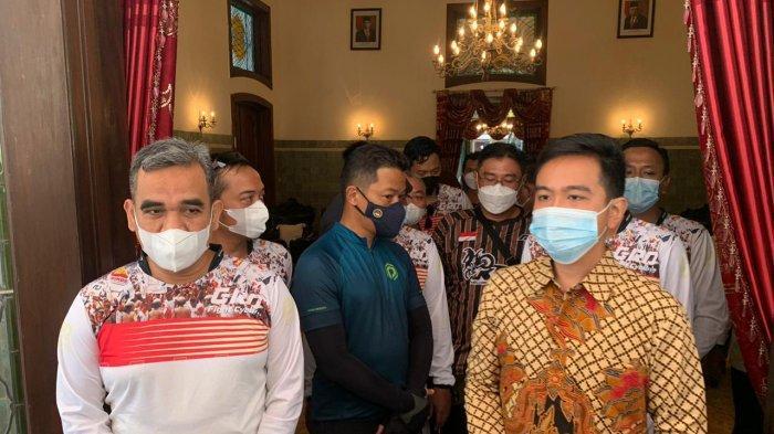 Sekjend Partai Gerindra, Ahmad Muzani bertemu Wali Kota Solo Gibran Rakabuming Raka di rumah dinas Loji Gandrung Solo, Minggu (28/3/2021).