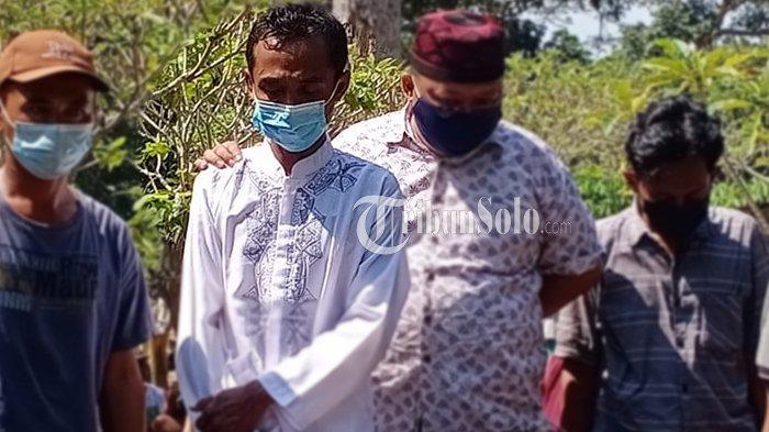 Bikin Haru, Pemakaman Ibu & Anak Korban Perahu Maut Waduk Kedung Ombo, Suami Berusaha Tegar