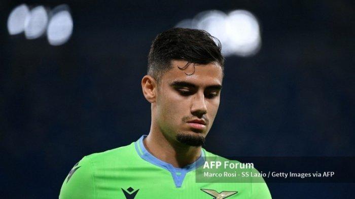 Kerasan di Lazio, Pemain Brazil Ini 'Merengek' Minta Dilego Manchester United