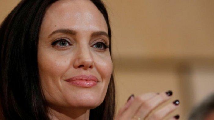 Angelina Jolie Bakal Gabung Marvel untuk Bintangi Film Superhero 'The Eternals'