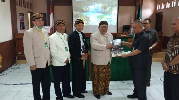 DPRD Solo Tegaskan Penyerahan Surat Permohonan Penundaan Eksekusi ke PN Solo Bukan Intervensi