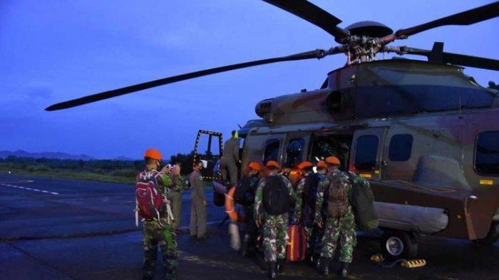 Penampakan Helikopter Lanud ATS Bogor yang Diterjunkan Cari Pesawat Sriwijaya Air SJ 182