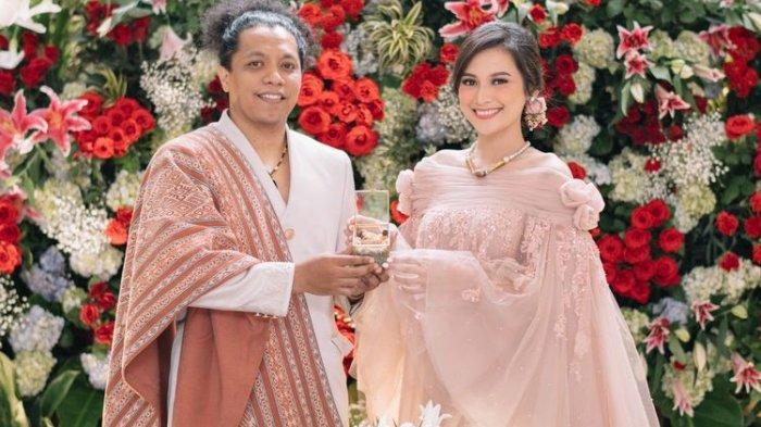 Arie Kriting dan Indah Permatasari menikah pada 12 Januari 2021.