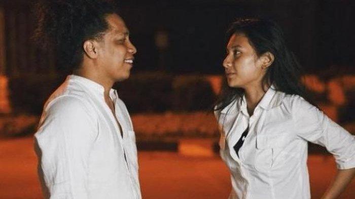 Sahabat Ungkap Romantisnya Sikap Arie Kriting kepada Indah Permatasari, Sampai Dibawain Bodyguard