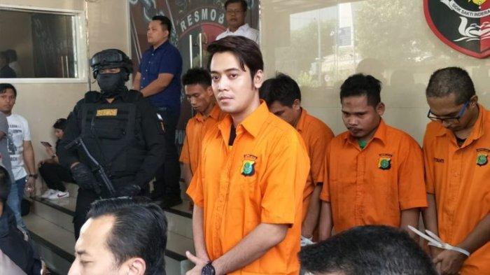 Antony Hillenaar Sebut Imej Kriss Hatta Tak Sebaik di Televisi