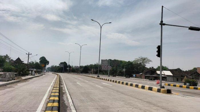 Arus Lalullintas di Exit Tol Sragen Sepi saat Libur Idul Adha: Kendaraan Melintas 15 Menit Sekali