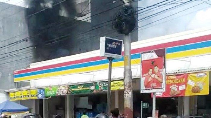 BREAKING NEWS : Toko Indomaret di Solo Kembali Terbakar Siang Bolong, Kali Ini di Mojosongo