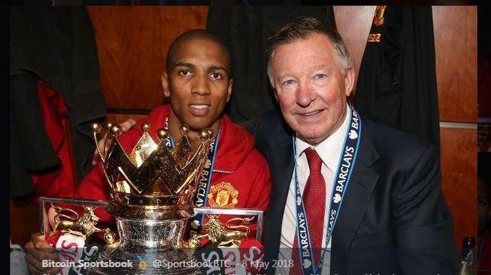 Nasib Ashley Young, Setelah Dipingpong Manchester United & Inter Milan, Kini Balik ke Pelukan Mantan
