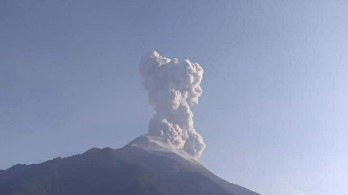 Hujan Abu Guyur Delapan Kecamatan di Magelang Pasca-erupsi Gunung Merapi