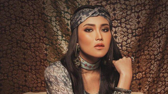 Saingi Member BLACKPINK, Pedangdut Ayu Ting Ting Masuk Nominasi Wanita Tercantik Versi TC Candler