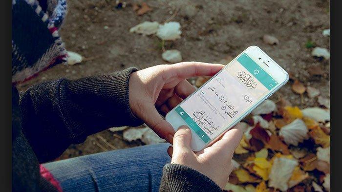 Inilah 4 Aplikasi Baca Al Quran Lewat HP yang Terbaik, Ada yang Tanpa Kuota