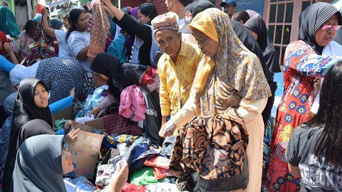 Gelar Bakti Sosial di Gilingan, Solo, Ini yang Dilakukan OSIS SMPIT Nur Hidayah