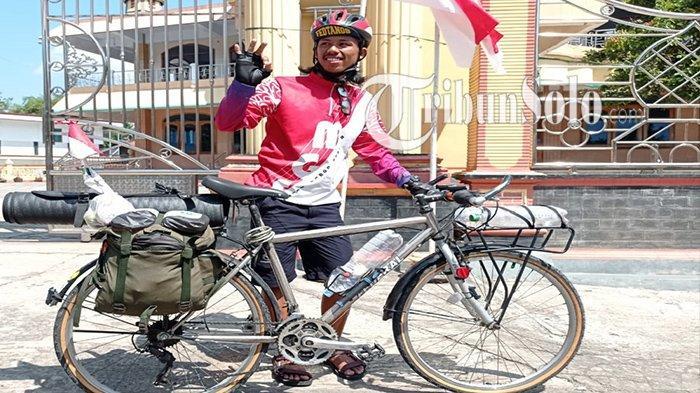 Kisah Bakul Bakso Keliling Gowes Sejauh 650 Km dari Tangerang ke Wonogiri : Demi Sambut HUT ke-76 RI