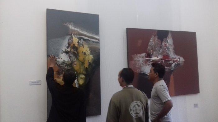 Seniman Asal Magetan Gelar Pameran Bertema Memento Mori di Balai Soedjatmoko