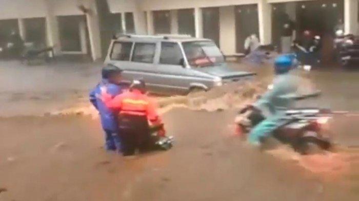 Pasca Kebanjiran, Jalan Solo-Purwodadi Bakal Diperbaiki, Bupati Sragen : Hunian Liar Ditertibkan