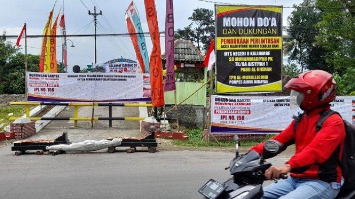 Tak Hanya Warga, Siswa MTSN 8 Siboto Kalijambe Memutar saat ke Sekolah, Imbas Lintasan Rel Ditutup