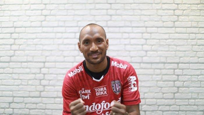 Sosok Leonard Tupamahu, Bek Bali United yang Lakukan Aksi Tarkam ke Pemain Persis Solo