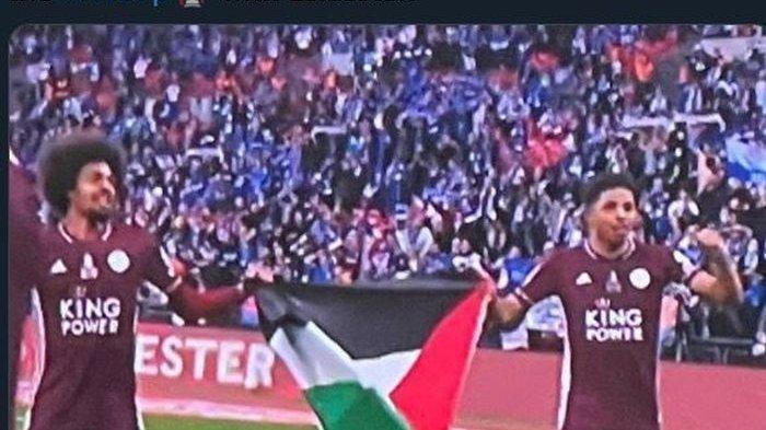 Di Balik Leicester Jadi Kampiun Piala FA : Bendera Palestina Berkibar, Dibentangkan Pemain Muslim