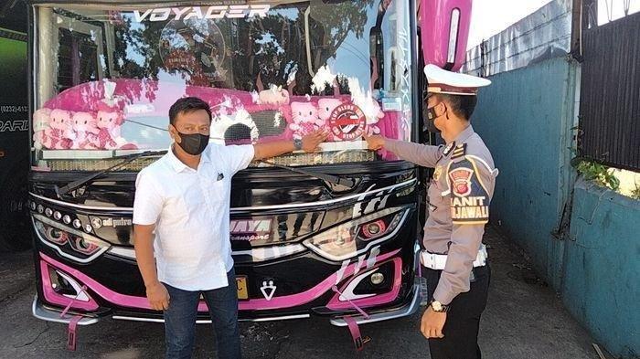 Nasib Sopir Bus yang Ugal-ugalan di Kuningan, Dapat SP dari Atasan hingga Ditilang Polisi