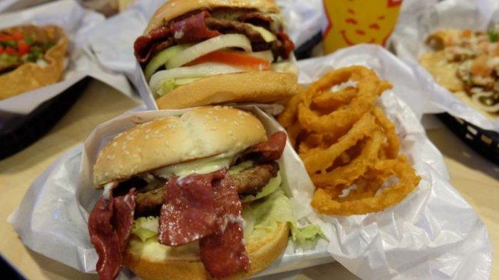 Efek Negatif yang Akan Terjadi Ketika Berbuka Puasa dengan Makanan Cepat Saji, Apa Saja?