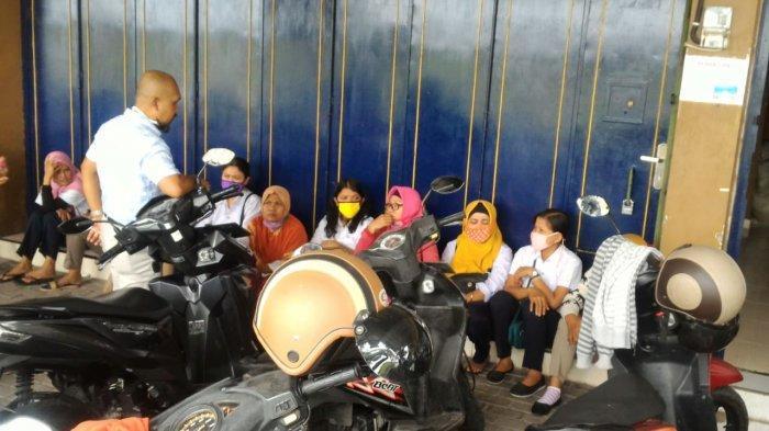 Jelang Lebaran, Ratusan Buruh CV Pi Xiu Gatak Sukoharjo Telan Pil Pahit, 2 Bulan Gaji Belum Dibayar