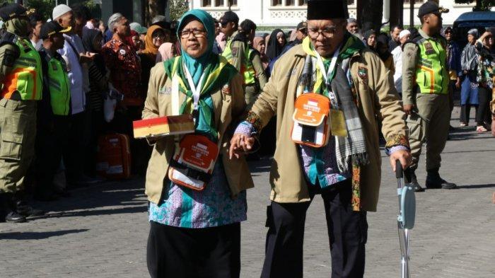 Sebanyak 407 Jemaah Calon Haji Masuk Embarkasi Solo, 62 Persendi Antaranya Berstatus Risiko Tinggi