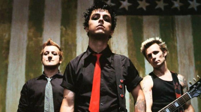 Chord Kunci Gitar dan Lirik Lagu Boulevard of Broken Dreams - Green Day: I Walk a Lonely Road