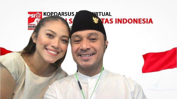 Viral Billboard Giring eks-Nidji Mantap Maju Pilpres 2024, Begini Dukungan Cynthia Riza untuk Suami