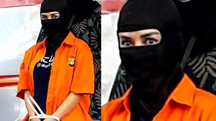 Bintang film dan model Cynthiara Alona ditangkap Polda Metro Jaya terkait kasus dugaan prostitusi online. Cynthiara Alona dihadirkan saat polisi menggelar jumpa pers 'Pengungkapan Kasus Eksploitasi Anak'.