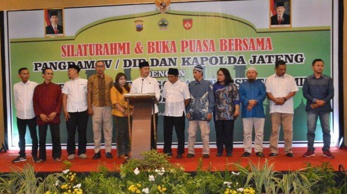 Penyelenggara dan Peserta Pemilu 2019 se-Soloraya Deklarasi Jaga Persatuan