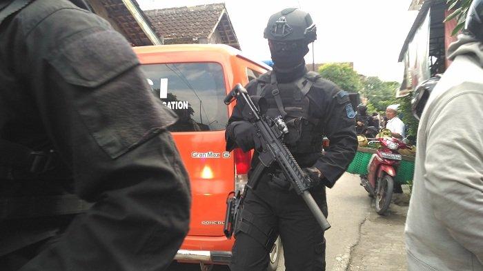 Warga Pasar Kliwon Solo Ditangkap Densus 88 Antiteror, Begini Penjelasan Pemerintah Kecamatan