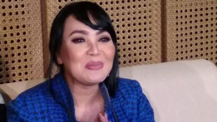 Bicara soal Perceraian Gisel dan Gading, Dewi Gita Tak Kuasa Menahan Tangis
