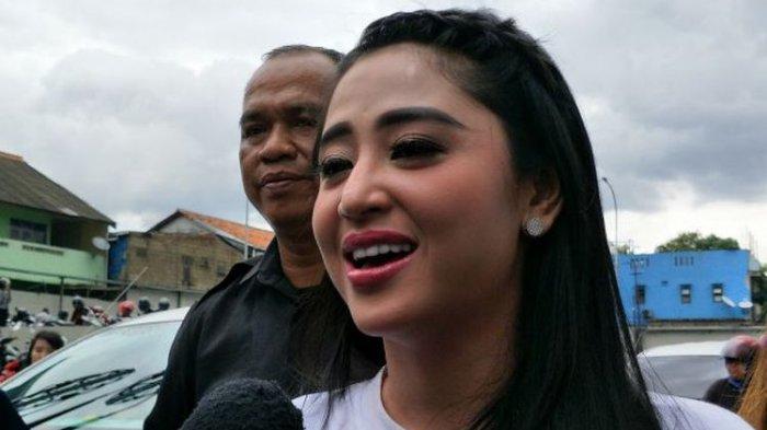 Kasus Terobos Busway, Dewi Perssik Bakal Kembali Diperiksa Polisi