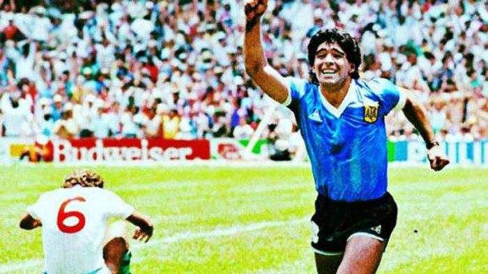 BREAKING NEWS : Legenda Sepak Bola Dunia Diego Maradona Dikabarkan Meninggal Dunia