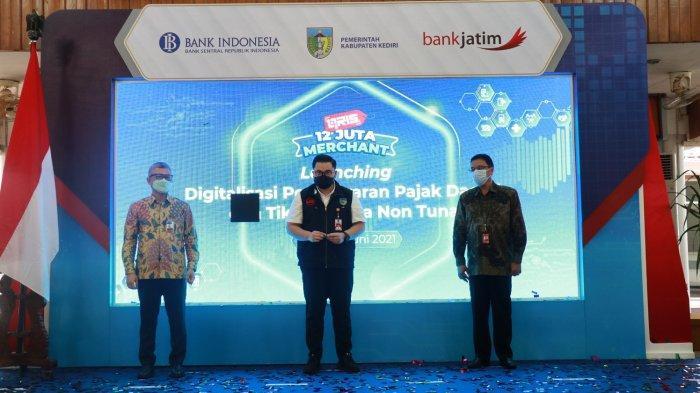 Perluas Digitalisasi Daerah, Bank Jatim Permudah Pembayaran Pajak dan Tiket Wisata dengan E-Channel