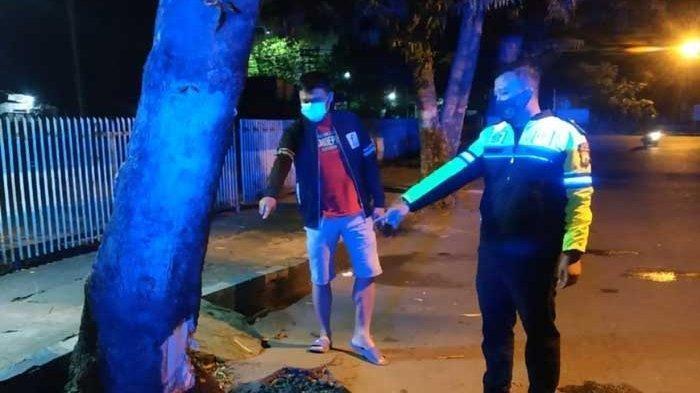 Motor Tabrak Menabrak Pohon di Tulungagung, Dua Pemuda Tewas di Tempat