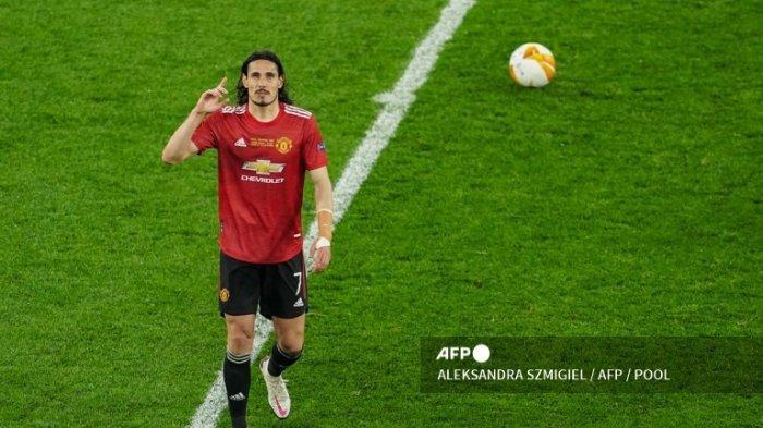 Sejak Kedatangan Ronaldo, Edinson Cavani Terpinggirkan, Dimitar Berbatov Langsung Kritik Solskjaer