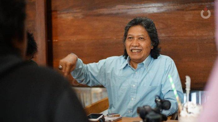 Sosok Emha Ainun Najib alias Cak Nun yang Berusia 67 Tahun Hari Ini: Tak Mau Dipanggil ke Istana